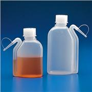 Wash Bottles with Integrated Spout, LDPE