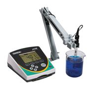 Benchtop pH 2700 pH/mV/Temperature Meter and Accessories