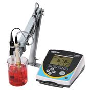 pH/CON 700 Benchtop Meter
