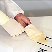 Nitrile Sterile Gloves